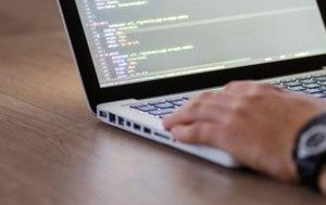Maria Palliu consiliere Studii Finantate UK Anglia Londra Programare - IT